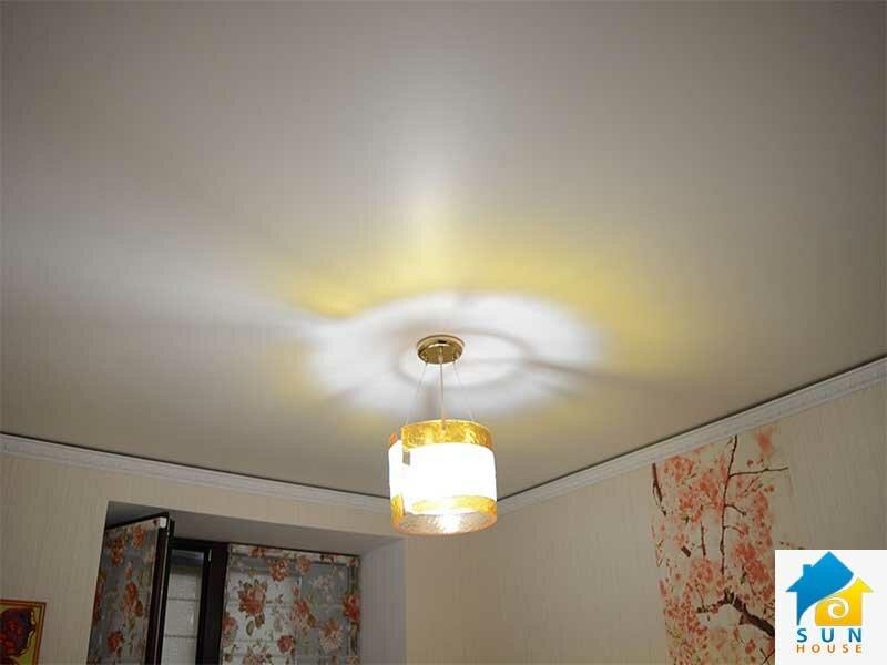 тканевый-потолок-покраска